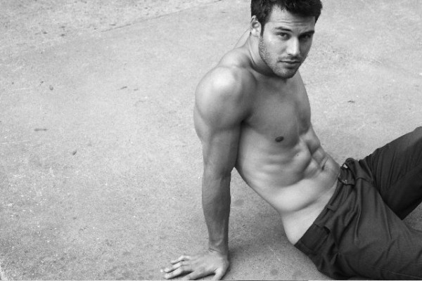The Boy Next Door's Ryan Guzman (Noah)