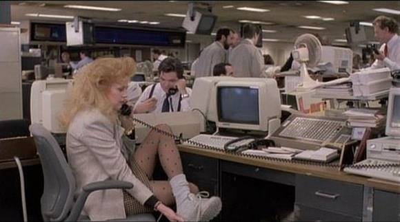 Melanie Griffith changing into professional uniform as Tess in Working Girl (1988)