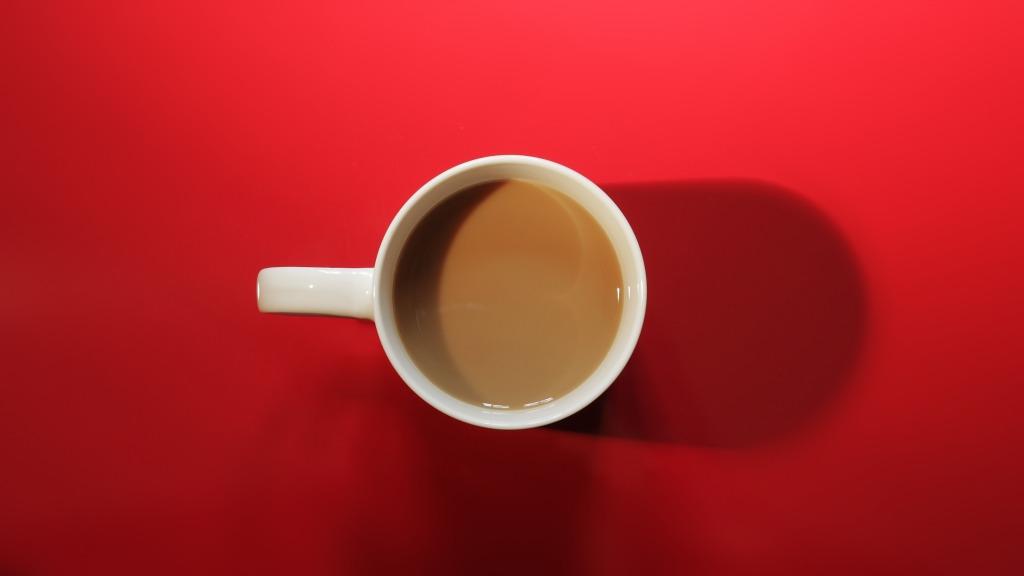 red-coffee-cup-mug